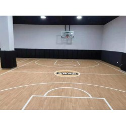 PVC运动地板特性 球场室内枫木纹运动地板